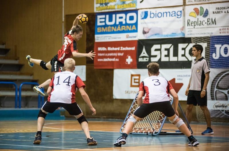 Jim Luca Schumacher beim Abschluss  in der EM-Vorrundenpartie gegen die Schweiz. (Foto: Susann Fromm)
