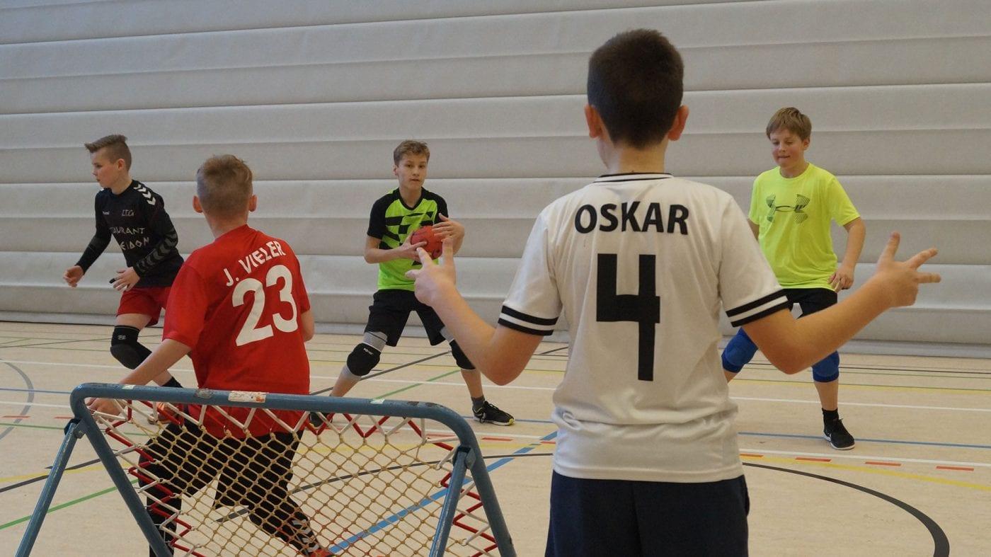 Früh übt sich, wer ein guter Schiedsrichter werden will. (Foto: Sylvia Zoch)